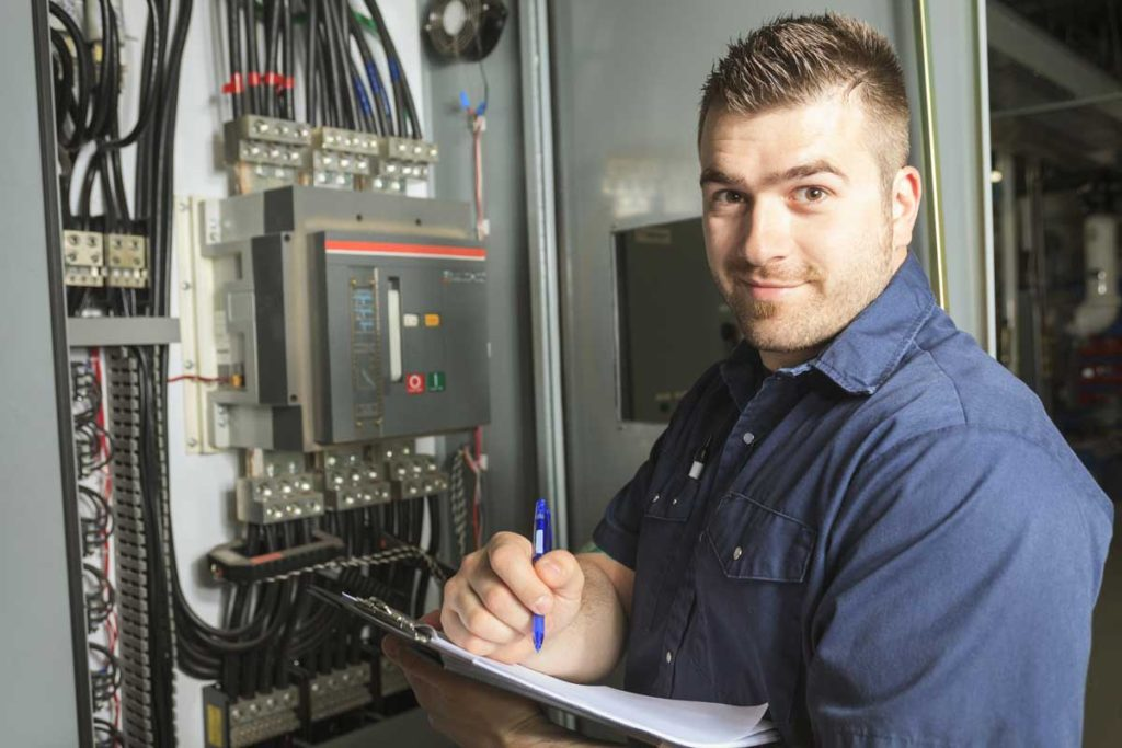 Elettricista per impianto salvavita